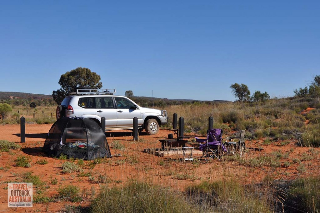 Campign at Rainbow Valley, Alice Springs